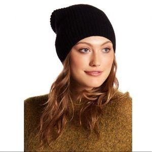 NWT Women's Black Beanie Hat Soft Stretch
